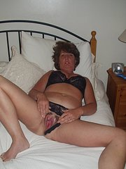amateur thick blonde swinger wife