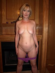 amateur wife strips in backyard