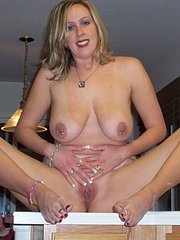 amateur wife fucks pro dick