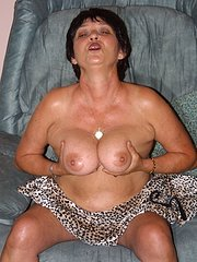 amateur mature wife watching