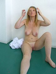 reluctant amateur shared wife