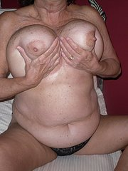 amateur wife asking husband to clean her pussy