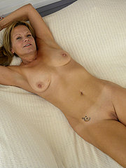 sweet young amateur wife does 3 bbcs