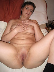 amateur girfriend face sitting wife and husband
